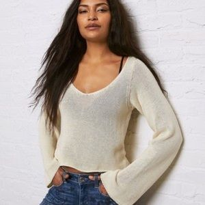 American eagle cropped bell sleeve sweater